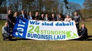 Gemeinsam mit dem LC 93 freuen sich auch die Sponsoren auf das große 24-Stunden-Event am 17. und 18. Juni. Quelle: Delmenhorster Kreisblatt / Kristina Müller