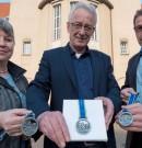 Delmenhorster Rathaus ziert Medaille für Läufer